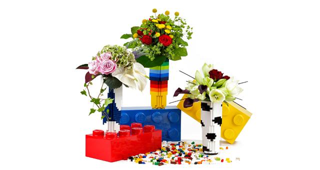 Vase Lego pour Monceau Fleurs : partenariat produit